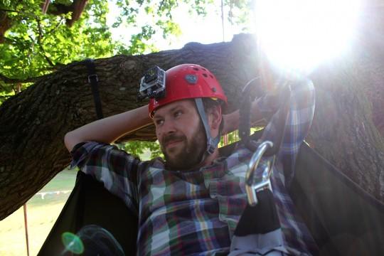 Tom tree climbing